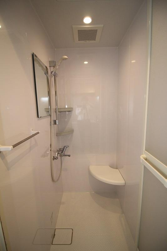 シャワーブース1
